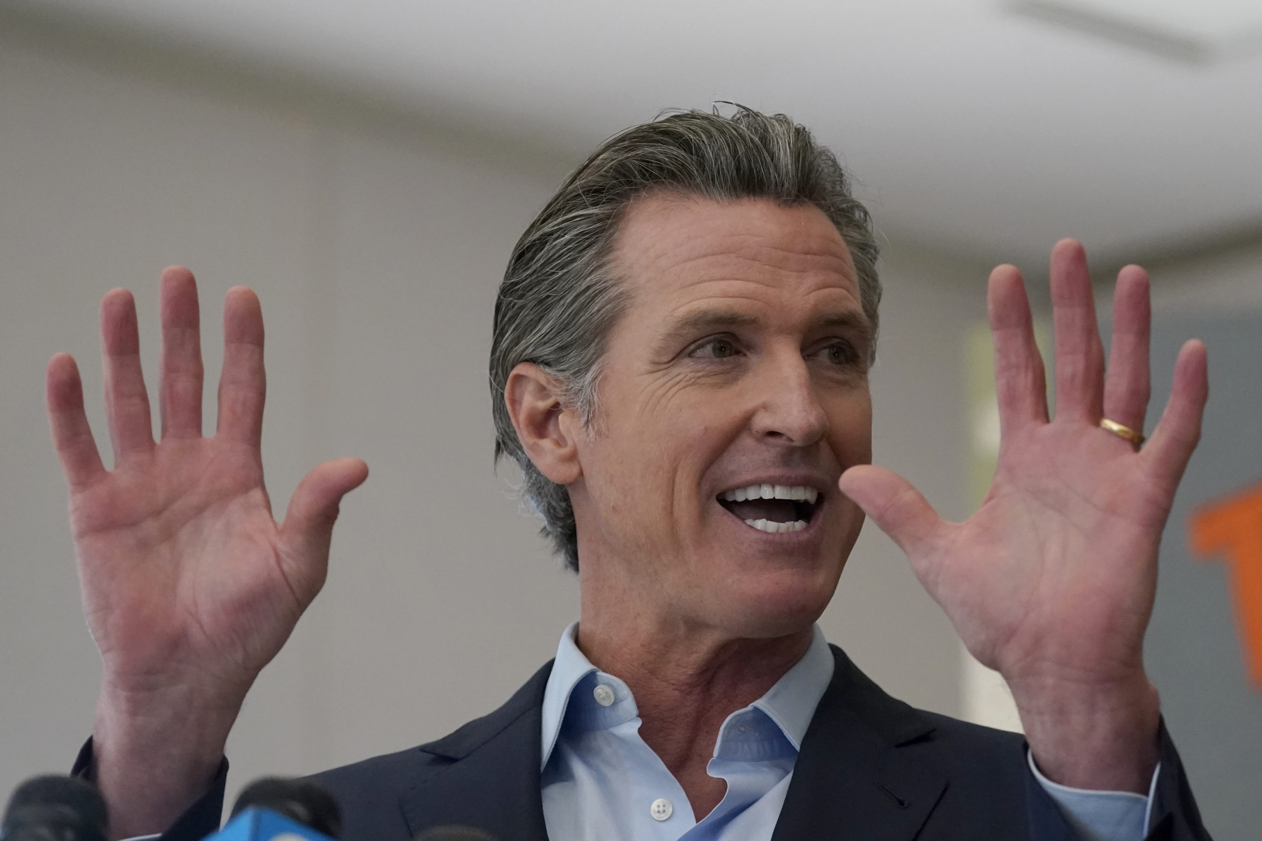 Newsom's vow to reopen California is a high-stakes political gamble
